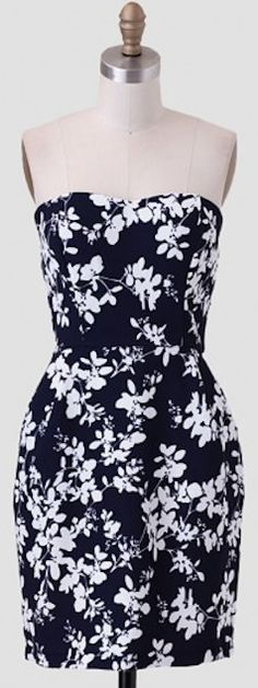 strapless #blue floral dress http://rstyle.me/n/itpqvr9te