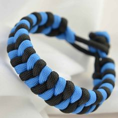 A tutorial on the fishtail paracord bracelet design.
