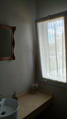 ☆ Cortinado visillo tipo doble, genero etamina rustica. Toilette de recepcion.  Haras Santa María, Escobar.