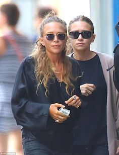 Duo: Mary Kate and Ashley Olsen took a stroll in New York on Wednesday . Mary Kate Olsen, Mary Kate Ashley, Elizabeth Olsen, Ashley Olsen Style, Olsen Twins Style, Olsen Fashion, Star Fashion, Fashion Fashion, Fashion Trends