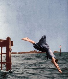 Woman Diving from Pier in 1892 This photograph shatters the image of Victorian ladies sitting quietly at the seaside. [Digitally colored by Victoriana Magazine from a period stereograph.]