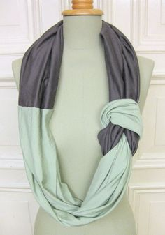 scarf - make in team colors