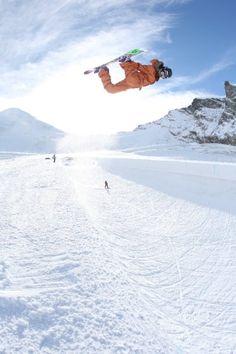 snowboarding = life
