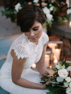 Scalloped lace sleeves of Dixie lace wedding dress from Romantique by Claire Pettibone, Photo: Jeremiah & Rachel, Goldfinch Events https://romantique.clairepettibone.com/collections/into-the-sunset-lace-wedding-dresses/products/dixie