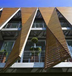 brise soleil, construction en bois originale