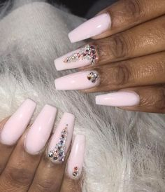 Pink diamond Set @Hair, Nails, And Style Is the Best Place to Be @trapoholic