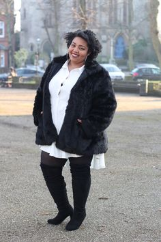 Plus Size Fashion, Girly Fashion, Plus Size Style, Plus Size Looks, Clothing from In The Style Curve. All Dressed In White All Looks are reviewed on my blog at www.mayahcamara.com