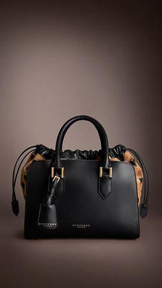 Heart Print Calfskin Bag by Burberry. In my wishlist Heart Print Calfskin Bag by Burberry. In my wishlist Handbags Online, Purses And Handbags, Look Fashion, Fashion Bags, Burberry Handbags, Burberry Bags, Burberry Prorsum, Black Cross Body Bag, Luxury Handbags