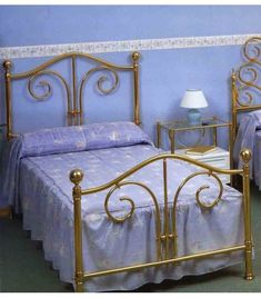 Queen Metal Bed, Online Katalog, Iron Stair Railing, Amiens, Iron Furniture, Metal Beds, Fendi, Room, Home Decor