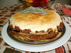 Los Antojos de Clara: Musaka o moussaka (pastel de berenjenas con patatas y carne)