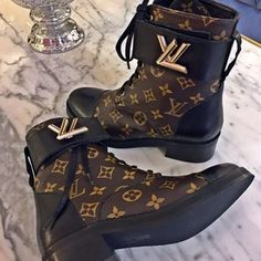"177 Likes, 3 Comments - Vip Shoes Company(new account) (@hunter_of_fashion) on Instagram: ""Louis Vuitton boots % France made %100 real leather and there is no difference with the original…"""