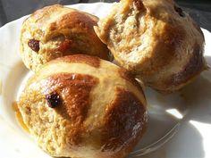 Quirky Cooking: Hot Cross Buns - spelt flour