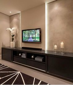 5 easy means to switch your humble living room into a mini property theater - Interior Pedia Home Theater Rooms, My Ideal Home, Interior, Living Room Theaters, Tv Wall Design, Interior Design, Living Room Tv Unit Designs, Living Room Tv Wall, Living Room Designs