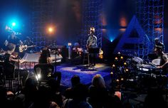 Thirty Seconds To Mars perform during their 'Unplugged' show. | MTV Photo Gallery
