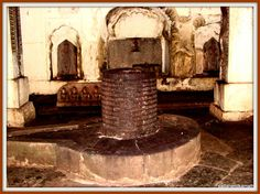 A huge shivling  decorated with numerous thumb size shivlings in one of the cave like temples: Pateshwar - An Offbeat Shiva Temple Complex