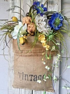 Old Picket fence, wall hanging, Burlap Sack floral arrangement, farmhouse decor #Handmade
