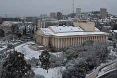 Сочи. Снегопад. Зимний театр