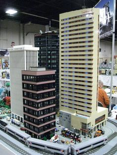 Minecraft City, Lego City, Legos, Lego Skyscraper, N Scale Buildings, Lego Structures, Big Lego, City Layout, Amazing Lego Creations