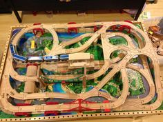 Lessons in Agile Development from a Wooden Train Set - SolutionsIQ Train Sets For Toddlers, Thomas The Train Tracks, Brio Bahn, Lego Duplo Train, Wooden Train, Model Train Layouts, Model Trains, Toy Trains, Car Table