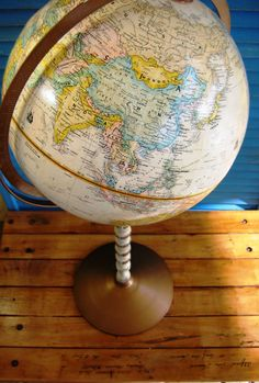 Vintage globe, http://www.luckies.co/