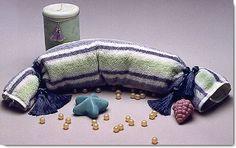 DIY Aromatherapy Neck Rolls - tutorial http://www.simplicity.com/t-craft-ideas-Aromatherapy-Neck-Roll.aspx