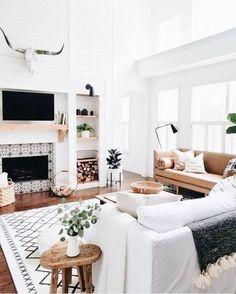 Home Interior Design White living room.Home Interior Design White living room. Boho Living Room, Room Inspiration, Home And Living, Cozy House, Home Living Room, Living Decor, Interior Design, House Interior, Trendy Home