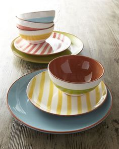 """""""Listrado"""" Dinnerware at Horchow. These could be our new dishes! Happy Kitchen, Ceramic Plates, The Dish, Kitchen Dining, Dining Rooms, Kitchen Decor, Home Kitchens, Sweet Home, Homemade"""