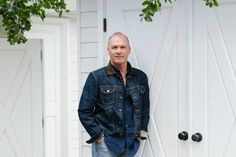 Michael Keaton on His Pennsylvania Roots: The star of 'The Founder' on working for Mister Rogers, his childhood homes and his current Montana ranch - WSJ