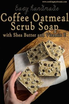 This easy DIY melt&pour soap is a perfect handmade gift idea for your friends and family. The ground coffee with shea butter, vitamin E and oatmeal will exfoliate your skin, remove the odours and leave your hands soft and clean. Oatmeal Scrub, Oatmeal Soap, Handmade Soap Recipes, Handmade Soaps, Diy Soaps, Soap Melt And Pour, Coffee Soap, Coffee Scrub, Coffee Coffee