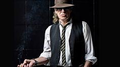 Udo Lindenberg mit Zigarre  | Bildrechte: Tine Acke Alan Walker, Hotel Atlantic, Trends 2016, Star Wars, Slacks, Put On, My Music, Superstar, Cowboy Hats