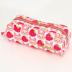 Kawaii pencil case! So cute and pink!