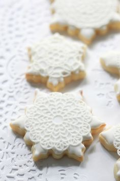 decorated cookie snowflakes