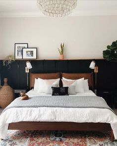 83 Ideas For Creating Your Own Master Bedroom Paint Colors 4 - waddenhome Scandi Living, Home Bedroom, Wall Decor Master Bedroom, Modern Boho Master Bedroom, Bedroom Sconces, Gothic Bedroom, Romantic Bedrooms, Master Bedroom Interior, Bedroom Wall Colors