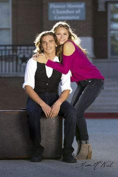 Senior pictures for brother and sister, click the pic for more photo posing ideas for boys and girls in urban and park setting by Dallas Photographer Lisa McNiel
