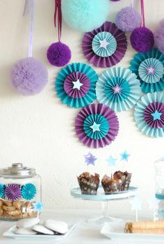 paper rosettes Paper Rosettes, Cake, Desserts, Food, Pastel, Deserts, Kuchen, Cakes, Dessert