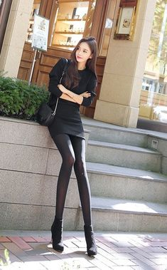 Fashion Models, Girl Fashion, Womens Fashion, Fashion Trends, South Korea Fashion, Fashion Tights, Skinny Girls, Beautiful Asian Women, Business Fashion