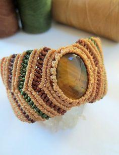Tiger eye Macrame Bracelet Original Handmade by PapachoCreations