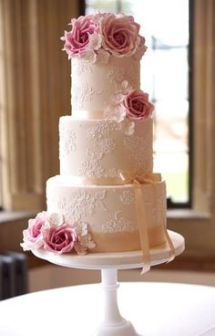 ANNA Cake Couture Ivory lace wedding cake with dusky pink sugar flowers #laceweddingcakes