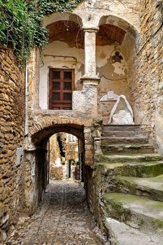 New Wonderful Photos: Bussana Vecchia, Geometrie - Liguria, Italy San Remo Italien, Beautiful Buildings, Beautiful Places, Amazing Places, Old Buildings, Oh The Places You'll Go, Stairways, Belle Photo, Italy Travel