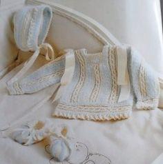 SOLO ROPITA DE BEBE EN PUNTO, GANCHILLO Y TELA Baby Knitting Patterns, Baby Cardigan Knitting Pattern, Knitting For Kids, Baby Patterns, Vintage Patterns, Knit Baby Sweaters, Knitted Baby Clothes, Baby Boy Outfits, Kids Outfits