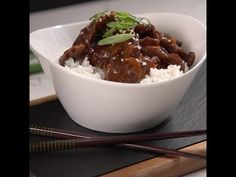 This is a perfect, easy weeknight dinner your family will look forward to! This Slow Cooker Mongolian Beef only requires a handful of ingredients, a few minutes of prep, and then it's into the crock pot. Slow Cooker Mongolian Beef Recipe, Mongolian Beef Recipes, Crock Pot Slow Cooker, Crock Pot Cooking, Slow Cooker Recipes, Crockpot Recipes, Cooking Recipes, Boeuf Mongol, Beef Dishes