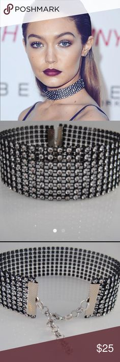 Tips for Buy Sell Jewelry & Diamonds.How to Buy sell your used jewelry,jewelry and engagement ring online? Chocker Necklace, Rhinestone Choker, Black Rhinestone, Collar Necklace, Chokers, Gold Jewelry, Jewelry Necklaces, Gothic Dress, Gigi Hadid