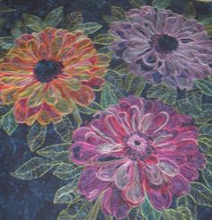 Melinda Bula zinnia back Thread Painting, Fabric Painting, Fabric Art, Forever Flowers, Flower Quilts, Tree Quilt, Free Motion Quilting, Machine Quilting, Paper Piecing