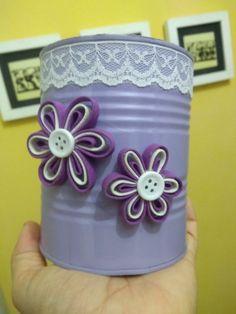 Tin Can Crafts, Jar Crafts, Diy And Crafts, Arts And Crafts, Bottles And Jars, Plastic Bottles, Glass Bottles, Tin Can Art, Aluminum Cans