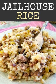 A delicious casserole recipe with rice, ground beef and sausage perfect for feeding a crowd. A delicious casserole recipe with rice, ground beef and sausage perfect for feeding a crowd. Easy Casserole Recipes, Casserole Dishes, Casserole Ideas, Hotdish Recipes, Gourmet Recipes, Cooking Recipes, Cooking Tips, Cooking Pasta, Kraft Recipes