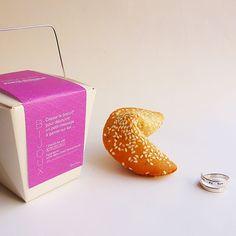 Bague cachée dans un biscuit