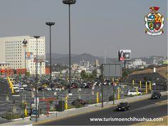 TURISMO EN CIUDAD JUÁREZ. La Zona Dorada es conocida como el nuevo centro de la ciudad, por sus construcciones modernas como son hoteles, hospitales privados, restaurantes, puentes peatonales, cines, áreas verdes o de recreación. Es calificada como una zona turística por su modernización ya que antes solía ser terreno baldío.  www.turismoenchihuahua.com