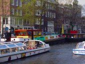 Houseboat hotels in Amsterdam