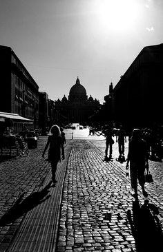 Largo Giovanni XXIII, Rome // Nicolo Panzeri