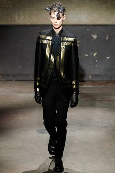 Alexander McQueen Fall 2014 Menswear Collection Slideshow on Style.com